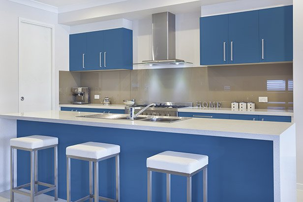 Matte Lacquered Cabinets