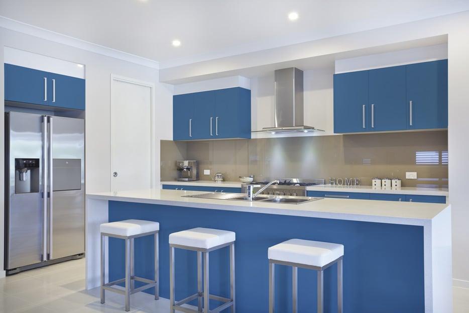 Brillant Blue kitchen cabinets