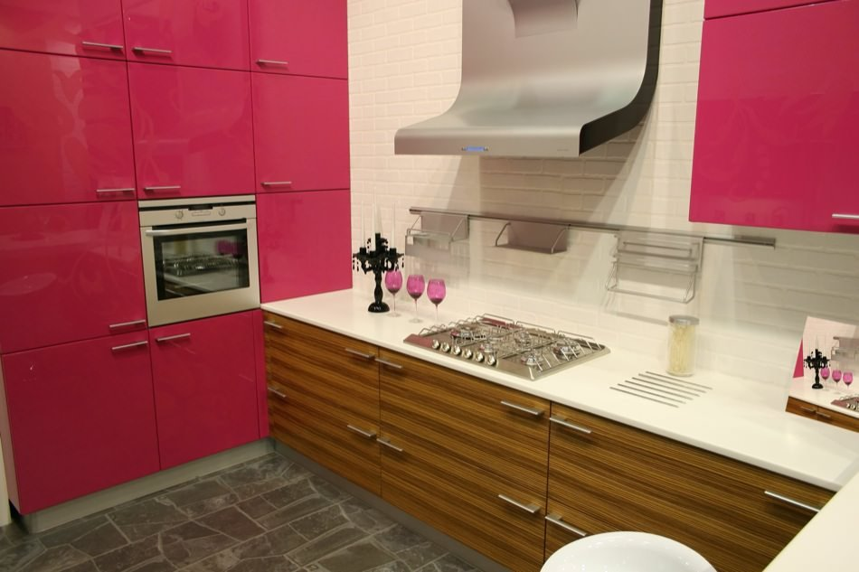 RAL 4010 Telemagenta High Gloss Kitchen Cabinets