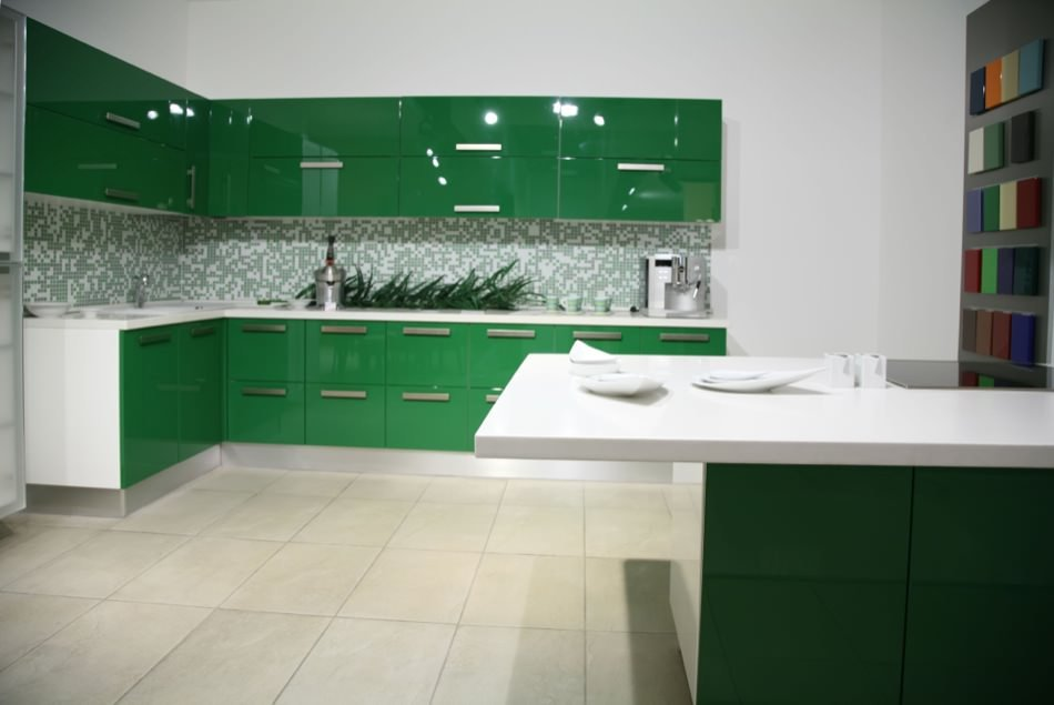RAL 6002 Leaf Green High Gloss Kitchen Cabinets